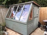 garden shed potting 6 x 8 with stable door in very good