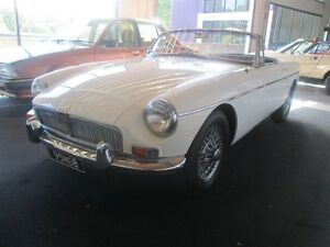 1969 MG B MK11 Overdrive White 5 Speed Manual + O/Drive Convertible Birkdale Redland Area Preview