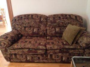 Divan lit et chaise