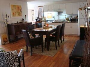Unique  apt uptown with in-family suite & offstreet parking