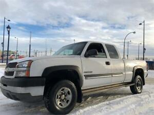 2004 Chevrolet Silverado 2500HD 4X4 - 195K - EXT CAB SHORT BOX