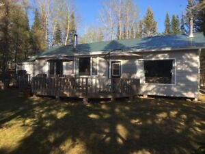 For Sale - 5 Bedroom Lake Front Cabin at Wellman Lake