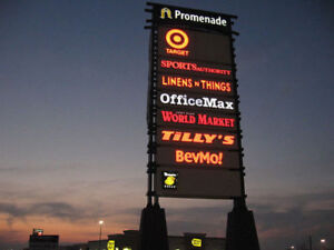 All Types of Pylon Signs from your Local Sign Company
