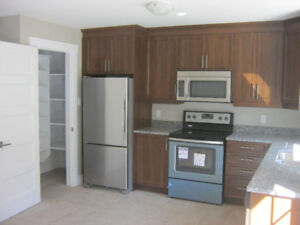 3 Bedroom Townhouse with Garage