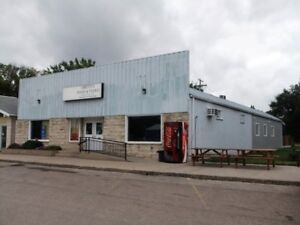 Business/Residence for Sale - 608 7th St., Gretna, MB