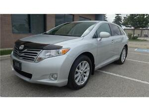 2009 TOYOTA VENZA TOURING 4CYL BRIGHT SILVER OVER  BONE LEATHER.