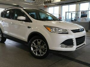 2014 Ford Escape SE Ecoboost 4WD - Only 56K! Sunroof, Htd Seats,