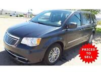 2014 Chrysler Town and Country...LOOW KMM & ON SALE !! MUST READ