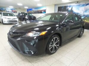 2019 Toyota Camry SE | Upgrade Package