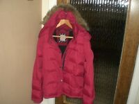 LADIES QUILTED JACKET BY CREW CLOTHING WITH FAUX FUR TRIMMED HOOD