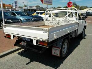 2006 Toyota Hilux KUN26R SR White 5 Speed Manual Cab Chassis