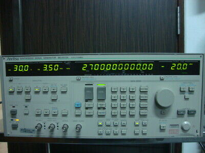 Anritsu Mg3633a Synthesized Signal Generator 10khz - 2700mhz With Opt 0304