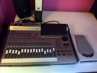 Akai DPS 16 Digital Personal Studio and CD Writer