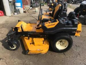 2013 Cu b Cadet Tank LZ60 Commercail mower - just traded - 800 hours - $3999.00