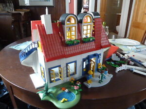Playmobil house with accessories