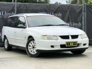 2002 Holden Commodore Acclaim White Automatic 4-Door Wagon Carrara Gold Coast City Preview