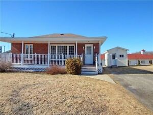 NEW PRICE !All brick bungalow located in Moncton North!
