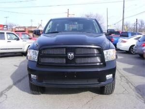 2012 Ram 1500 Sport, HEMI  4X4  LEATHER INTERIOR