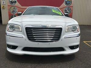 2012 Chrysler 300 LX MY12 C White 8 Speed Sports Automatic Sedan Gosford Gosford Area Preview