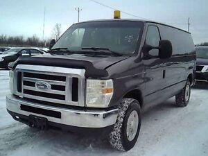 2009 Ford E150 XLS Commercial Fourgonnette,