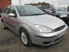 FORD FOCUS 1.6 LX 5dr (silver and blac) 2003