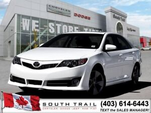 2014 Toyota Camry NAV, BCK-UP CAM, SUNROOF. ONLY $178B/W!!
