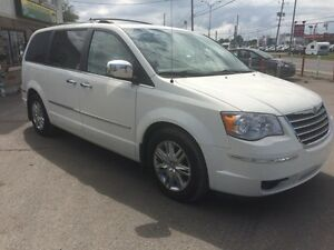 2008 Chrysler Town & Country Limited CUIR! NAV! 2TV FULL!! 7995$