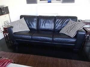 Leather lounge suite Semaphore Port Adelaide Area Preview