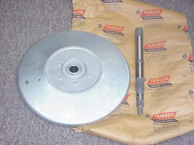 TX500 TX550 XS500 Yamaha NOS 2nd Fix Sheave,Shaft 802-17000-00-00  (J/M)