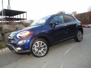 2017 Fiat 500 X TREKKING (FRONT DRIVE, PANORAMIC ROOF, REVERSE C