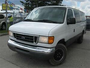 2007 Ford Econoline Wagon XLT 12 PASSENGER - CERTIFIED!