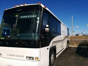 Limousine and Party Bus Service for Wedding and All Occasion Kitchener / Waterloo Kitchener Area image 9