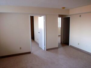No Last Month Rent, Free Parking on Spacious, Pet Friendly Units Peterborough Peterborough Area image 6