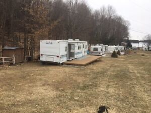 Reduced - Well kept trailer in great campground/trailer park