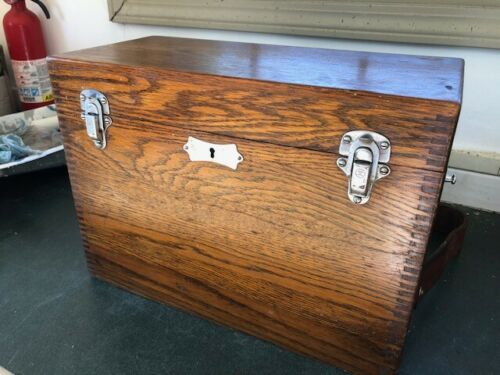 Chevalier Jackson Oak Case for Medical Device / Batteries