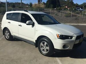 2011 Mitsubishi Outlander ZH MY11 LS White 6 Speed CVT Auto Sequential Wagon Lisarow Gosford Area Preview