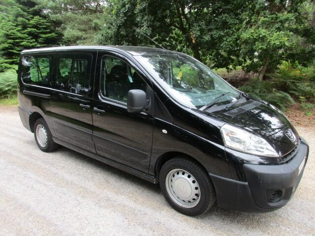 superb peugeot expert tepee comfort 9 seater lwb hdi in ringwood hampshire gumtree. Black Bedroom Furniture Sets. Home Design Ideas