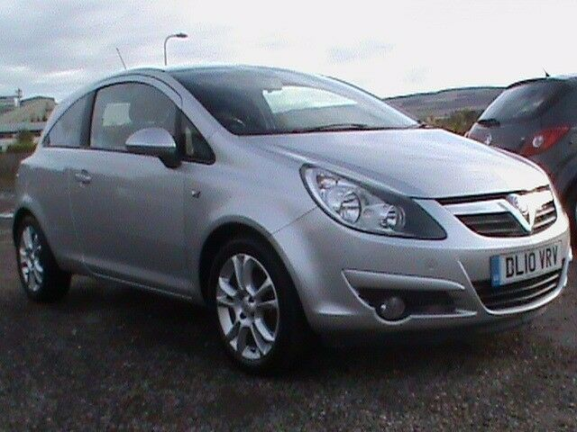 VAUXHALL CORSA 1.4 SXI 3 DR SILVER 1 YRS MOT,CLICK ON VIDEO LINK TO SEE MORE INFORMATION ON THIS CAR