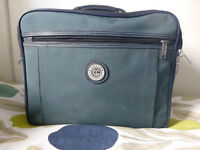 Carlton flight/cabin bag. green. Excellent condition. (Coxhoe).