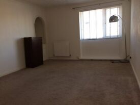 2 Bed First Floor Flat Cramlngton
