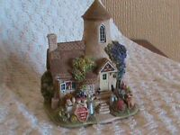 Lilliput Lane Collection piece - Gold Top