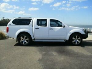 2013 Nissan Navara D40 MY13 RX (4x4) White 6 Speed Manual Dual Cab Pick-up Dapto Wollongong Area Preview