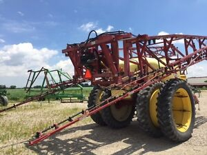2005 Hardi Commander Plus 1200 Pull Type Sprayer London Ontario image 8