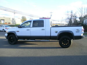 2007.5  DODGE RAM 3500 4X4 MEGA CAB DIESEL LOW KMS