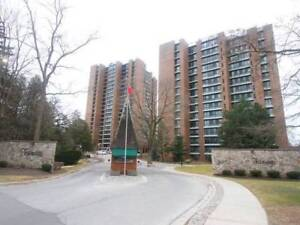 1200 Sqft Lakeview Condo Apt - Investor Opportunity!!
