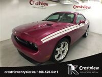 2010 Dodge Challenger R/T w/ Leather, Sunroof, Navigation