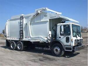 2013 NEWWAY MAMMOTH REFUSE GARBAGE TRUCK