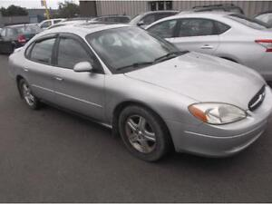 2002 FORD TAURUS SEL , TOIT OUVRANT $995