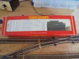 Hornby R2085 GWR 4-6-0 County class Locomotive Model Railway OO Gauge