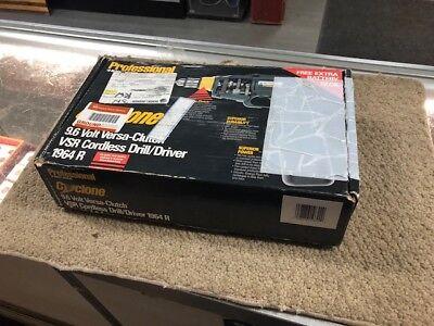 Black & Decker cordless drill 9.6 volt VSR 1964R Professional grade Cyclone  ()
